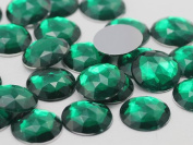 18mm Emerald H106 Flat Back Round Acrylic Jewels High Quality Pro Grade - 30 Pieces