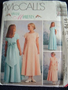 Girls Dress in 2 Length Special Moments McCalls Pattern 9179