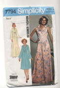 Vintage Simplicity 1976 Designer Fashion Formal Dress Sewing Pattern #7794
