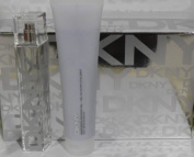 Dkny City Chic Energising Gift Set with Eau De Toilette Spray 50 Ml / 1.7 Oz.