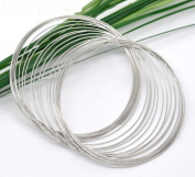 200 Loops of Silver Tone Memory Wire - 65mm. Exclusive Shizaru Designs Gift Bag Included.