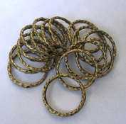 BeadsTreasure 10-Connector Link Ring Textured Hammered Antique Bronze - 23mm.