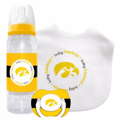 Caseys Distributing 1279901459 Iowa Hawkeyes Baby Gift Set