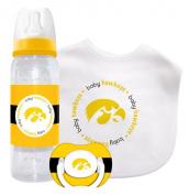 Caseys Distributing 1279901459 Iowa Hawkeyes Baby Gift Set