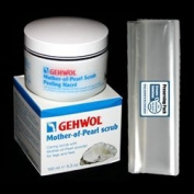 GEHWOL Mother-of-Pearl scrub kit / Caring scrub with Mother-of-pearl powder for legs and feet / 150ml / Comes with preserving pack / Dermatologically tested / Made in Germany
