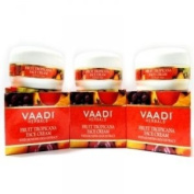 Vaadi Herbals Fruit Tropicana Face Cream With Honeysuckle Extract 90g