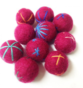 Yarn Place Felt Wool Felted Balls 10 Pieces Multi Colour Embroidery 20 mm - Magenta -