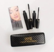 SKFQ8 Thickening and Lengthening Black Mascara with Natural Fibres with Black Display Case