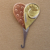 Puffin & Company Needle Threader - Heart