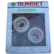 Sunset Stitchery Crewel Embroidery Kit-2150 Beary Merry Christmas Linda Gillium