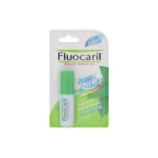 Fluocaril : Instant Breath Freshener Mouth Spray Fresh Mint with Xylital 15 ml. Product of Thailand ( Hot Items ) by gole