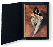 Cardboard Photo Folder for a 4x6 Photo - Black Waffled with Gold Border - Pack of 50