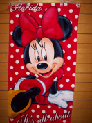 DISNEY MINNIE MOUSE IT IS ALL ABOUT ME BEACH TOWEL