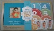 Hallmark Baby BBA7015 Watch Me Grow My First Year Boy