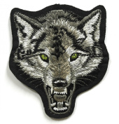 Wolf Patch - Embroidered patches - Iron on Patches - Backpack Patches - Size 9.5 x 11 Cm.