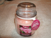 Better Homes and Gardens Highly Scented Peony and Rose Petals 380ml Candle