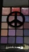 Purple PALETTE 16 Eye Shadows & 3 Lip Gloss Compact City Colour PEACE SIGN