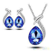Women Chic Crystal Pendant Silver Plated Chain Necklace Stud Earring Jewellery Set