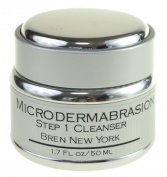 Microdermabrasion Cleanser Contains Vitamins Wash Away Dirt Without Removing the Skin's Natural Oils, Leaving Skin Hydrated, Soft and Beautiful