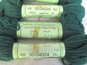 Dexter's 100% Virgin Wool Needlepoint Yarn GREEN #660 Made in England