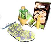 Bamboo Spa Bath Gift Set with White Tea Bath Soak, Green Tea Shower Gel, Body Puff & Eye Mask