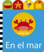 En El Mar [Board Book] [Spanish]