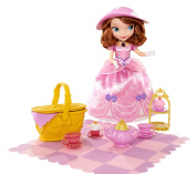 Disney Sofia the First - Tea Party Picnic - Electronic Talking Toy Doll - 40+ Phrases - 5 Interactive Accessories