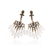 Retro Flower and Pearl Earrings Stainless Steel Earrings Free of Lead Hypoallergenic Fashion & Special & Lovely & Delicate & Stainless for Girls & Women Jewellery Findings & Gifts & Personal Decoration