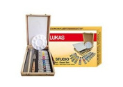 LUKAS CRYL Studio Wood Easel Box Set of 12 20 ml Tubes