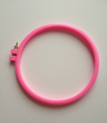 1 pcs Embroidery Hoops Hand Supplies Pink Plastic Embroidery Cross Stitch Hoop Sewing Quilting Plastic Hoop 19cm