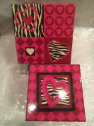 Small & Medium Heart Gift Boxes in Reds & Pinks