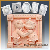Teddy Bear Kiss- Detail of High Relief Sculpture - Silicone Soap/sugar/fondant/chocolate/marzipan 2d Mould