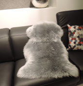 Lanabest Premium-sheepskin, Platinum - Grey Real natural fur with unshaven, especially delicate, warm and cosy wool. Odourless. Homely eye-catcher on every dark sofa or as a rug. Relief while sitting. Christmas gift Modern colour