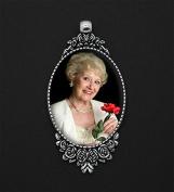 Rose Bouquet Bridal Wedding Brides Photo Charm Vintage with Bonus Photo Resizing Software