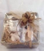 Simpley Natural 100% Chamomile & Honey Fragrance Dead Sea Salt & Epsom Salt Deluxe Sea Grass Basket Gift Set