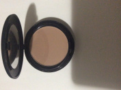 Sinful colours natural beige pressed powder