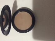 Sinful colours natural nude pressed powder