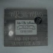Kindred Hearts PZ Grey Slat Frame Mr. and Mrs.