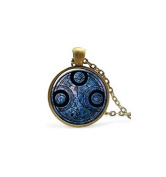 Time Lord Seal Pendant,Necklace Charm,Pendant Time Lord Jewellery, Time Travel
