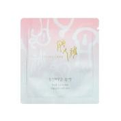 30 x Donginbi Red Ginseng Aqua Emulsion 1mlx30ea 30ml Sample Korea Cosmetic