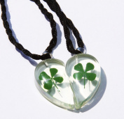 1 pair (2 pieces) Love pendant Heart, natural leaf clover, super gift.Size 1pc-27x16mm.