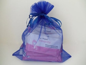 La Fresh Travel Lite Make-up Remover Wipes Large Size (30) Individually Packaged in Blue Gift Bag