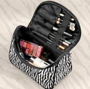 Blazers18 Fashion Zebra Pattern Lady Makeup Bag Women Portable Cosmetic Toiletry Bags Travel Storage Organiser