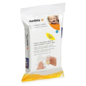 Medela 24ct Quick Clean Breastpump & Accessory Wipes with Fits into a Nappy Bag