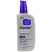 Clean & Clear Advantage Oil, Free Acne Moisturiser - 120ml