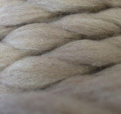 0.5kg POUND Natural Oatmeal Coloured Polwarth Wool Carded Roving Fibre for Felting, Spinning
