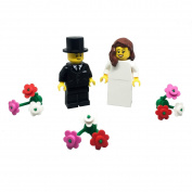 LEGO Bride and Groom Minifigures with Flowers Wedding Cake
