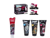 Monster High Toothbrush Fangtastic, Shampoo Body Wash and Lotion Gift Set