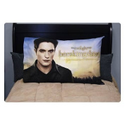 NECA Twilight Breaking Dawn Part 2 Pillow Case Edward