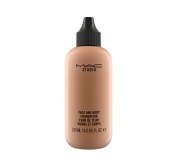 M.A.C STUDIO Face and Body Foundation - N5 120ml